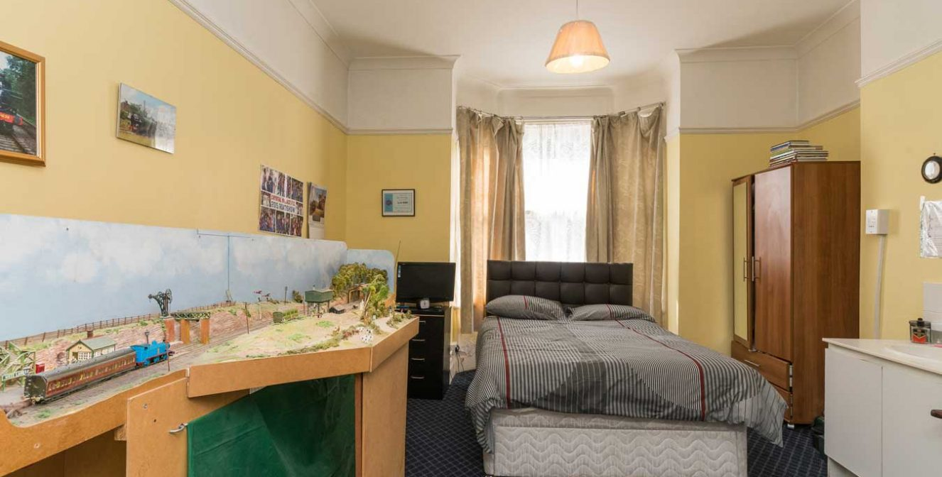 Conifers - Private Room